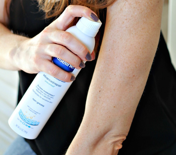 Repair Dry Skin with Vaseline Spray Moisturizer