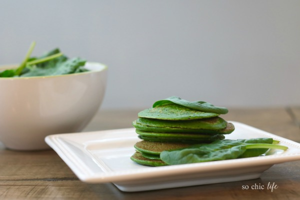 Easy Spinach Pancakes via @SoChicLife | The Sneaky Chef | Spinach Pancakes Your Kids WILL Eat