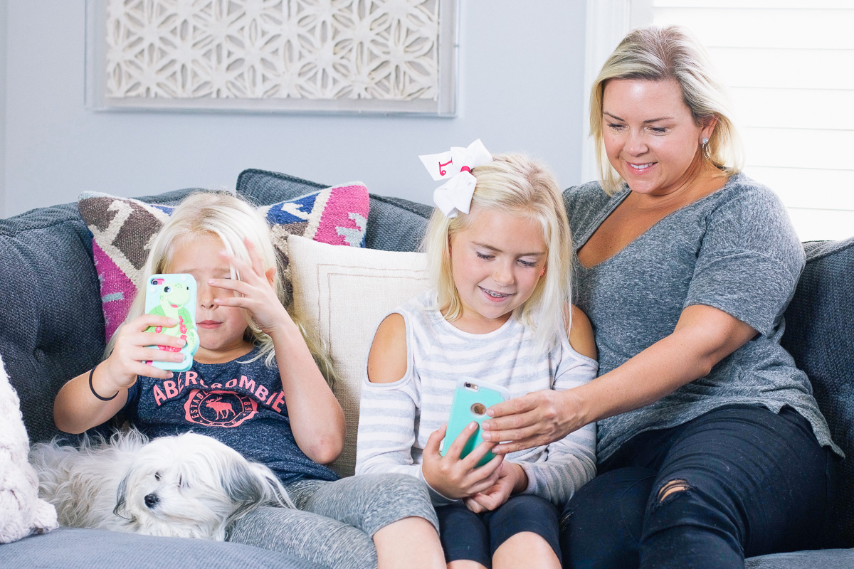Need safer cell phone control and cell usage? Cell phone contracts aren't enough. We're using Verizon FamilyBase to set smart boundaries for screen time.